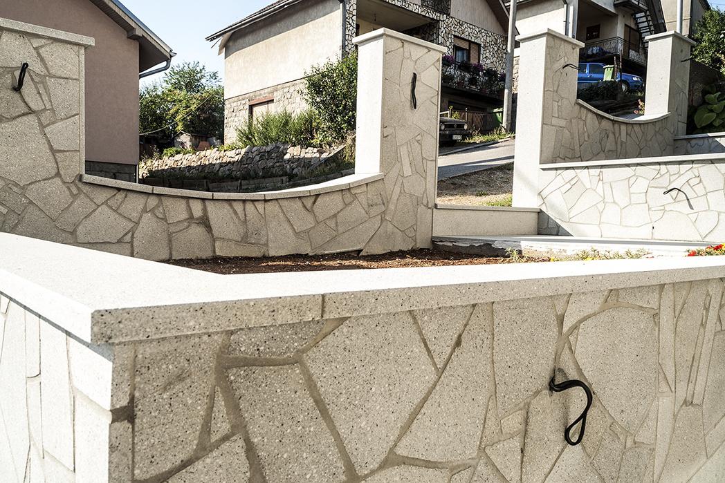 Fasada od cepanog granita